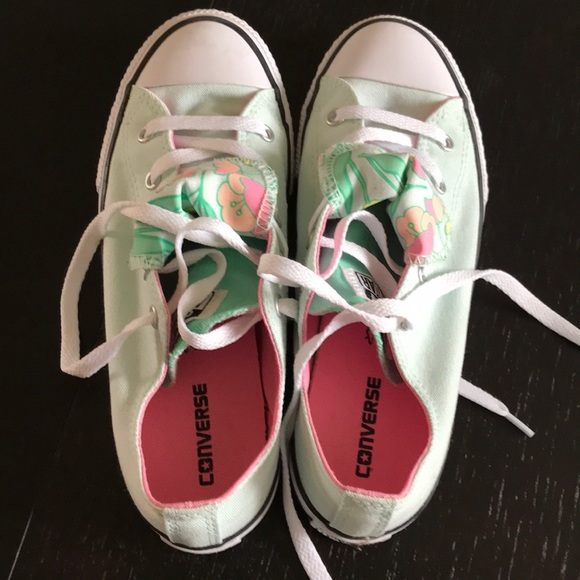 cce6beb8b3 Converse All Star Shoes - EUC Converse Kids Size 4 - fits adult size 7-